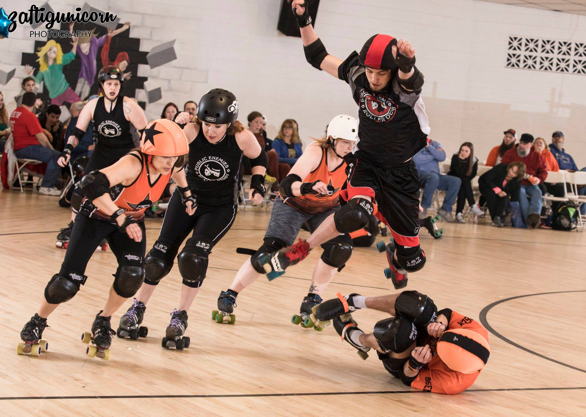 Usual Supsects and Public Enemies of Fountain City Roller Derby